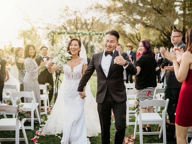 How a Simple Checklist Can Level up Your Wedding Planning