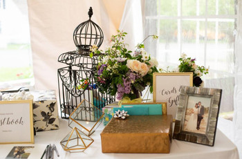 This is Why Your Guests Aren't Buying Gifts From Your Wedding Registry