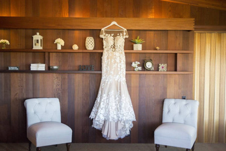 How to Get the Wedding Dress Shopping Experience Amidst the Pandemic