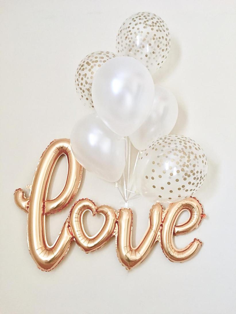 Metallic balloon decoration set spelling love