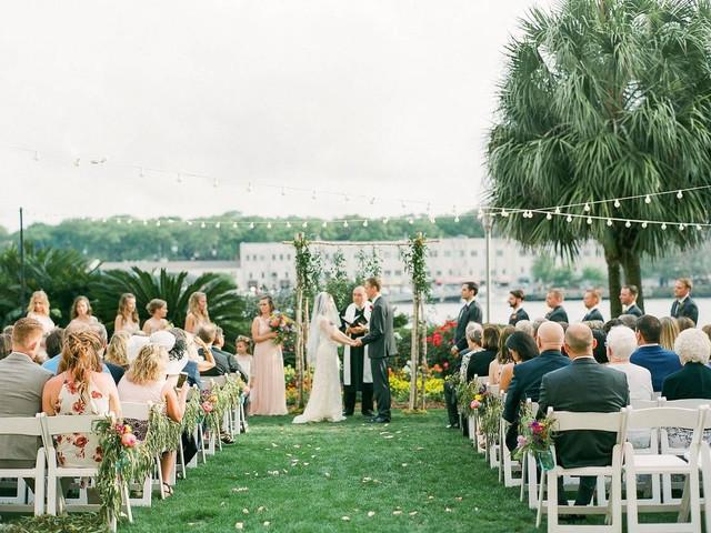 14 Savannah Wedding Venues Brimming With Southern Charm