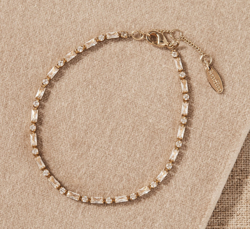 Round and baguette crystal bracelet on gold chain