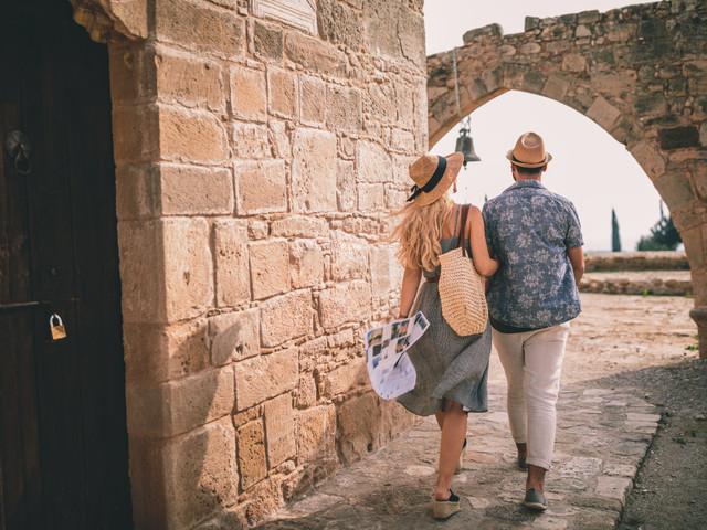 How to Plan a European Honeymoon on a Budget