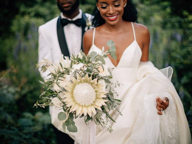 7 Ways to Be the Couple Wedding Vendors Want to Work With