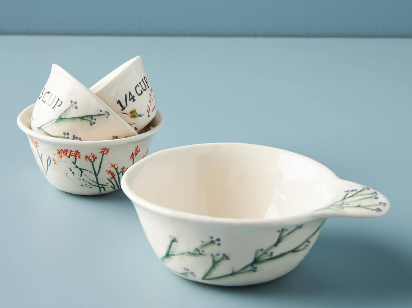 Floral measuring cup set gift for mother of the groom