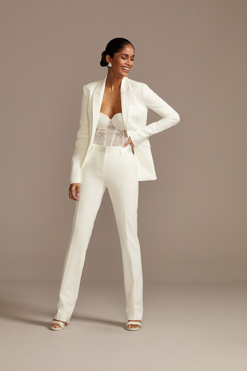 white bride suit for courthouse wedding