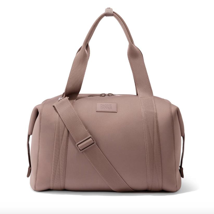 Fashionable carryall duffel bag