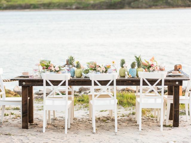 20 Beach Wedding Centerpieces for a Tropical or Nautical Theme