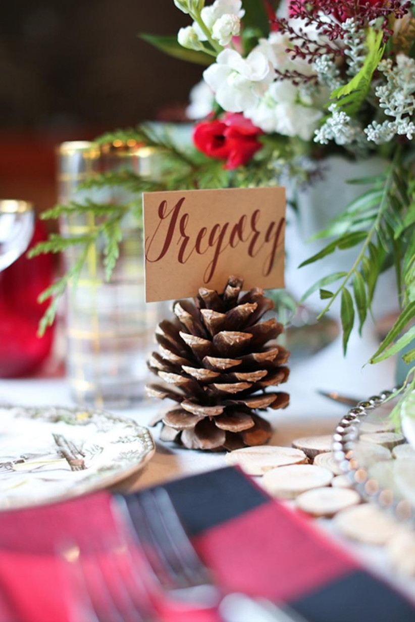 pinecone wedding place card holder