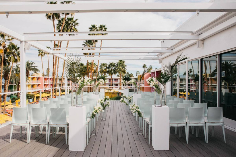 modern outdoor wedding ceremony in palm springs rooftop
