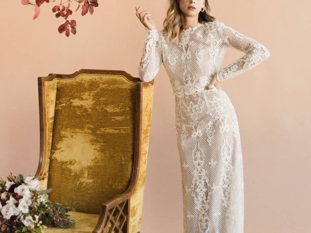 The 8 Most Popular Wedding Dress Fabrics and Materials