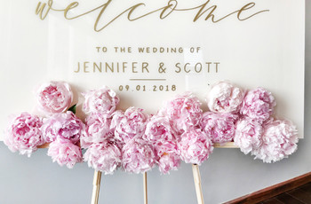 26 Wedding Welcome Signs to Graciously Greet Your Guests