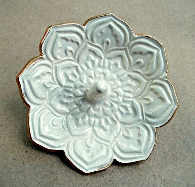 lotus ring holder