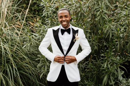 20 Wedding Boutonniere Ideas for Any Dress Code