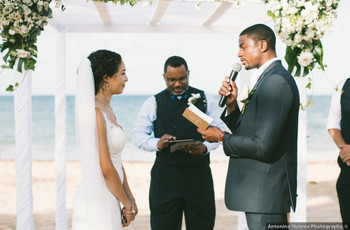 Finding & Working with a Wedding Officiant amid COVID: Here's What to Know