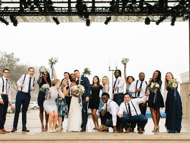 How to Write Wedding Party Bios for Your Wedding Website (with Examples!)