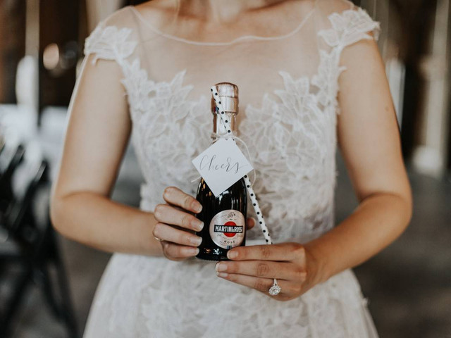 16 Trendy Wedding Drink Ideas to Add to Your Pinterest Board