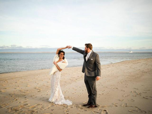 17 Cape Cod Wedding Venues Full of Coastal Charm