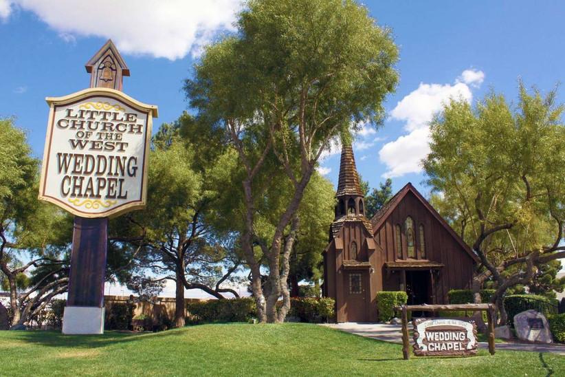 western-style las vegas wedding chapel