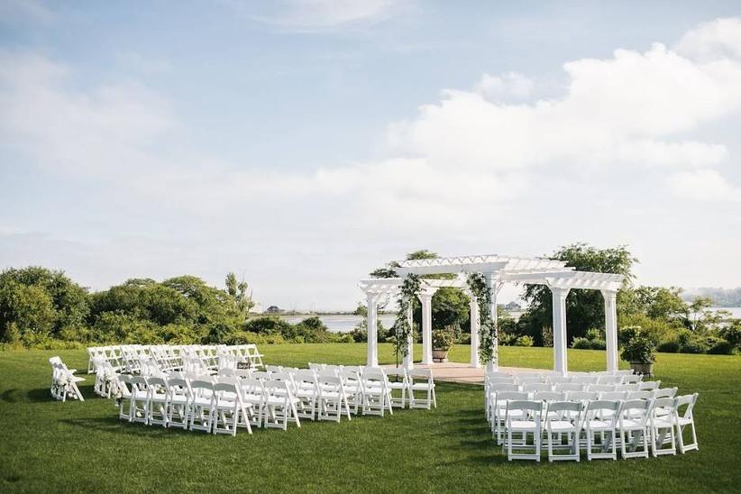 outdoor pergola wedding ceremony