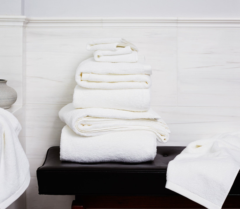 Plus bath towel set gift for couple's new home