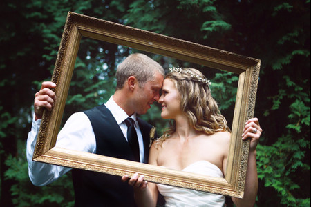 Here's Exactly What to Do with Your Wedding Photos