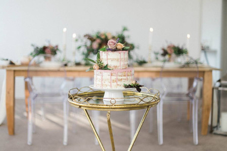 Our Favorite Two-Tier Wedding Cakes