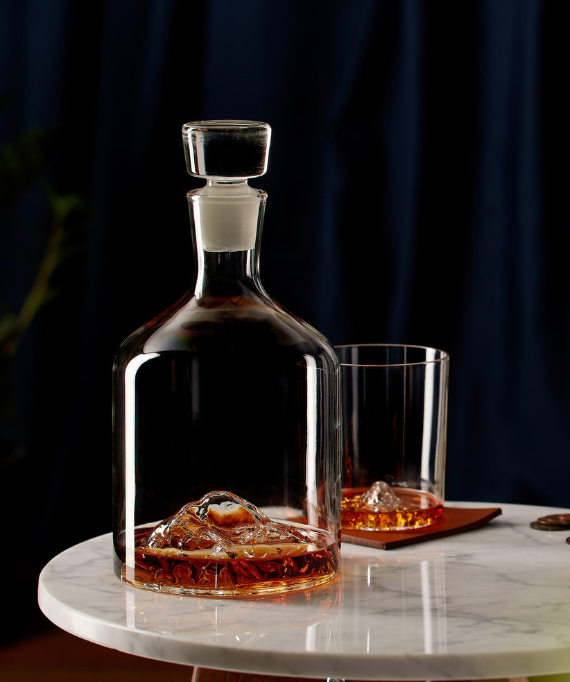 Cool mountain-themed decanter and whiskey glass groomsmen gift idea