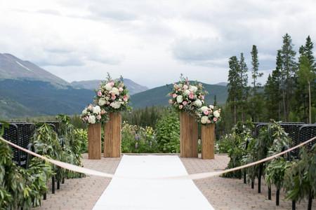 8 Breckenridge Wedding Venues for Rustic Colorado Couples