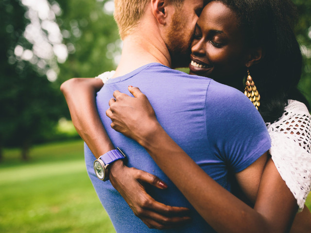 5 Signs That You're Growing Together as a Couple