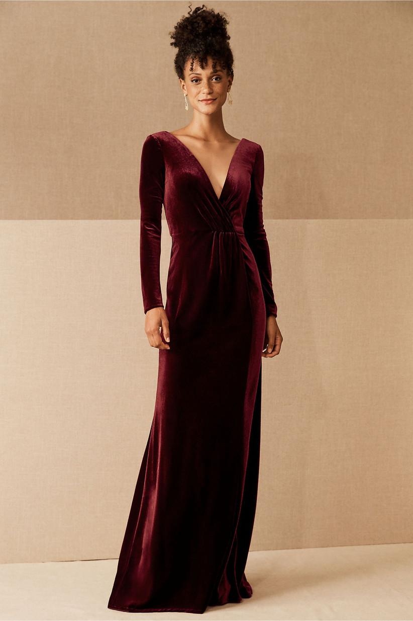 Long-sleeve red velvet dress