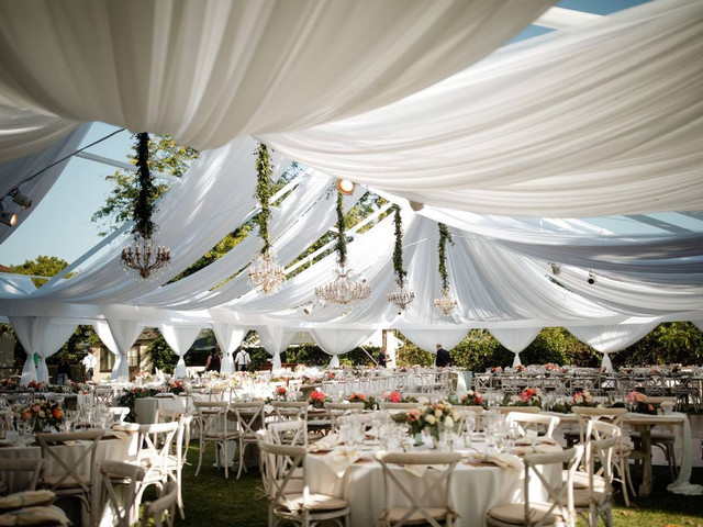 11 Factors to Consider Before Planning a Tented Wedding