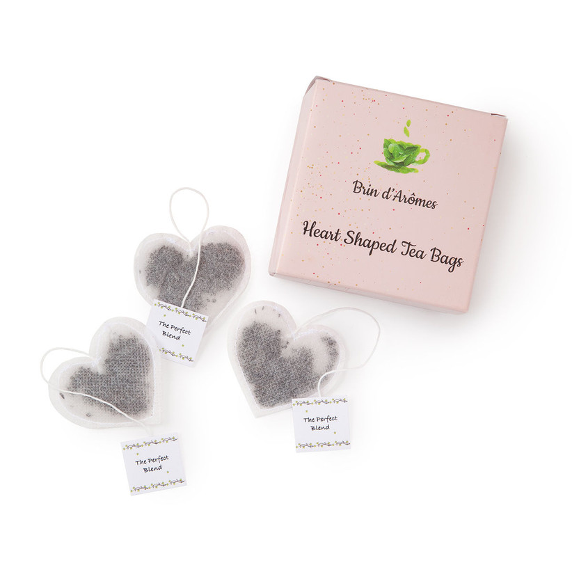 Heart-shaped tea bags bridesmaid box idea