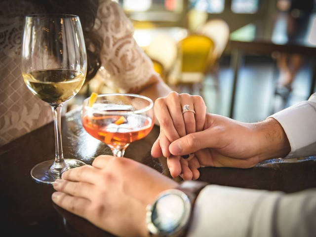 Should I Propose Before or After Dinner? And More Proposal Night Rules to Follow