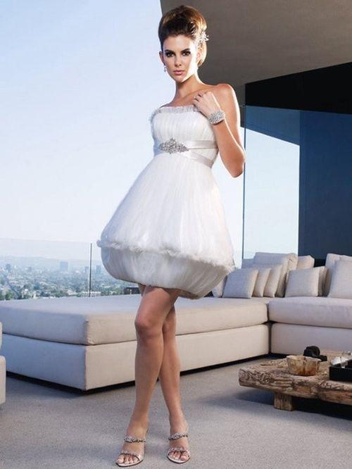 B001, Amaré Couture