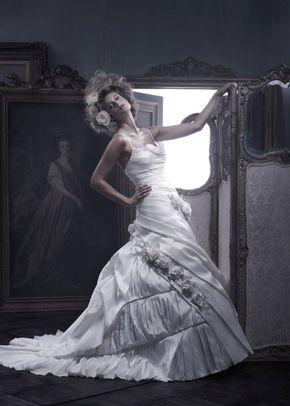 B054, Amaré Couture