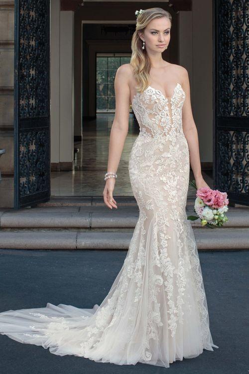 2325 Maisie, Casablanca Bridal