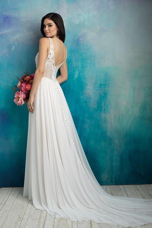 9525, Allure Bridals