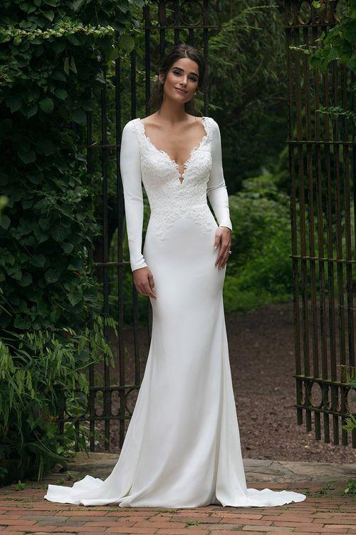 44045, Sincerity Bridal