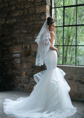 44047, Sincerity Bridal