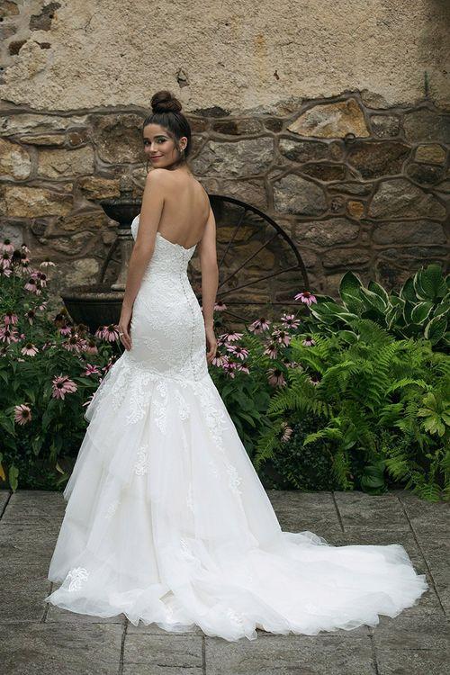 44060, Sincerity Bridal
