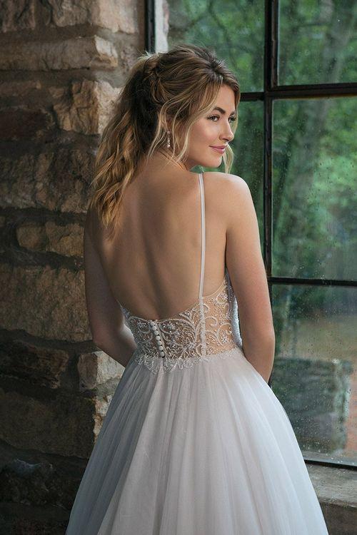 44069, Sincerity Bridal