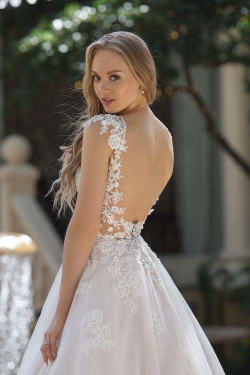 44101, Sincerity Bridal