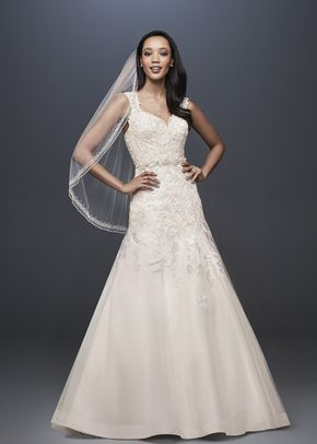 David's Bridal Style WG3911, David's Bridal