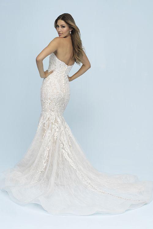 9601, Allure Bridals