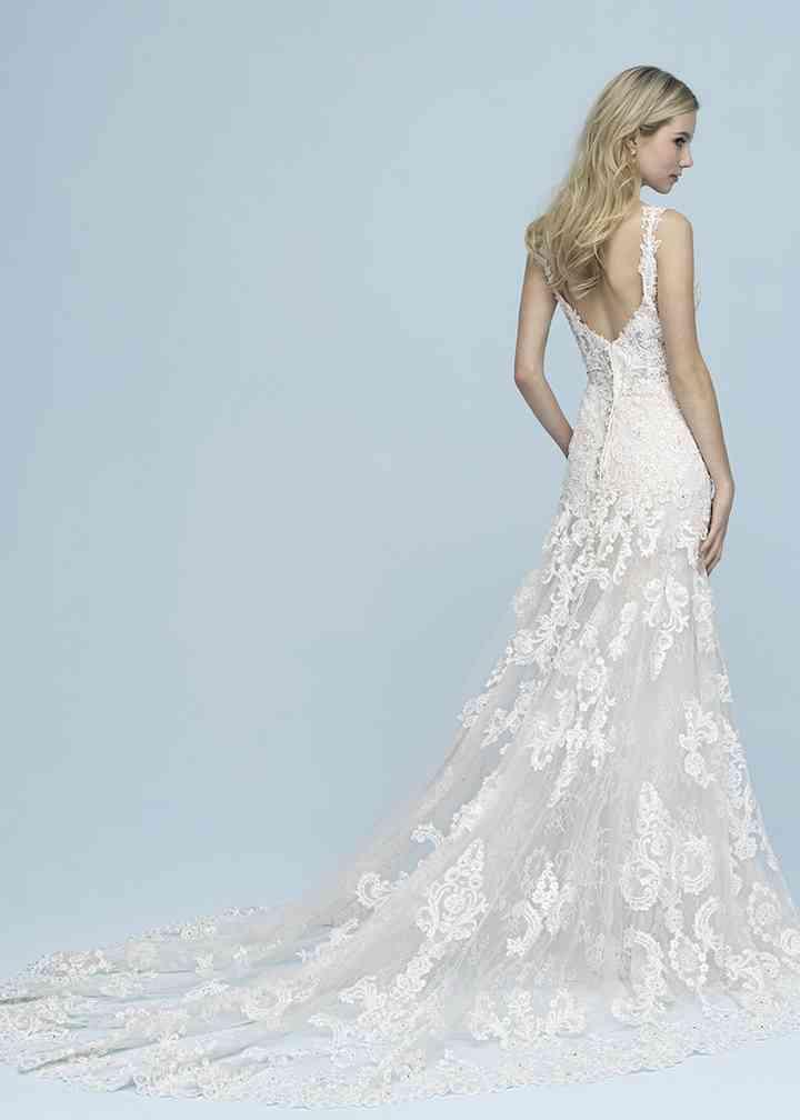 9621, Allure Bridals