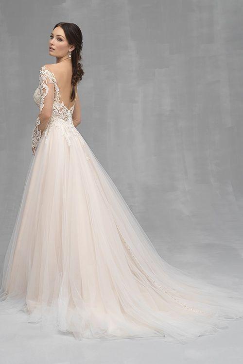 C528, Allure Couture