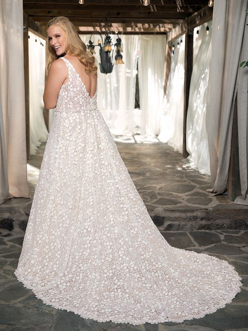 2354 Liliana, Casablanca Bridal