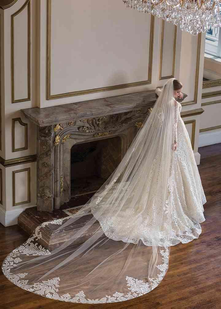 C137 Gemma, Amaré Couture