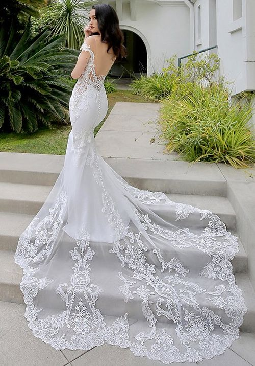 Marquise, Blue by Enzoani